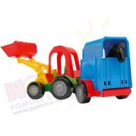 Traktor z łyżką i przyczepą z koniem